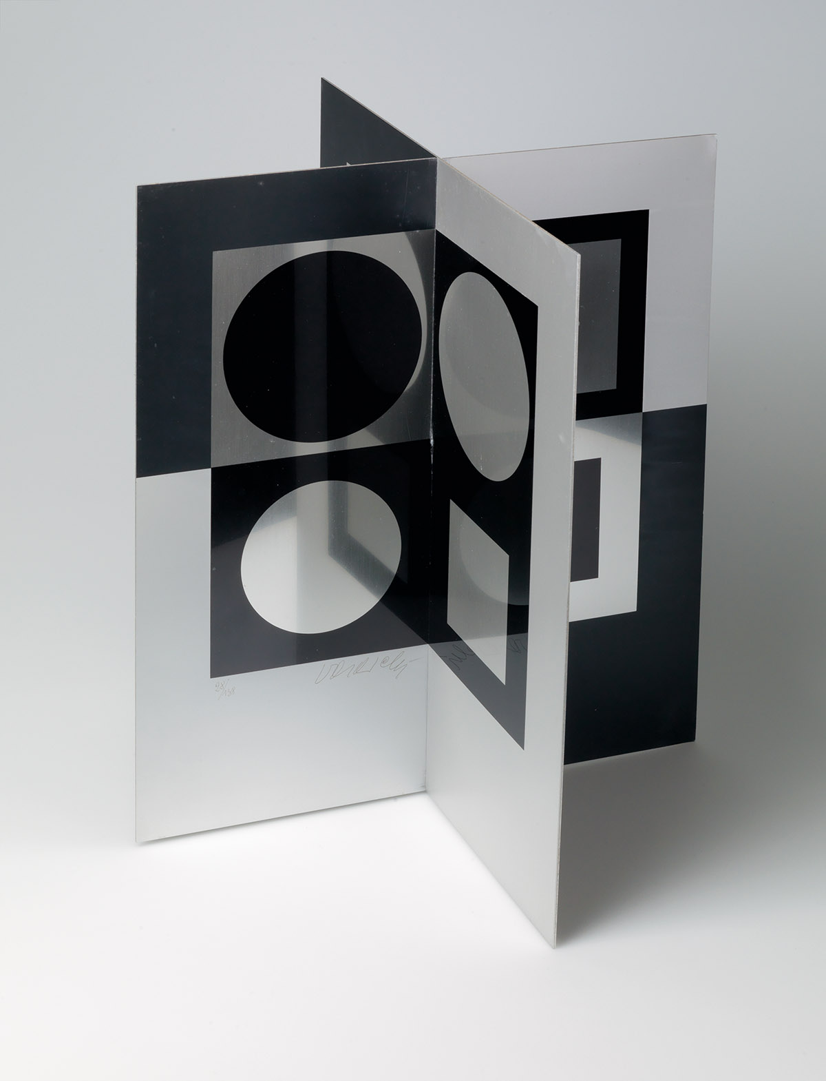 VICTOR-VASARELY-Image-Miroir