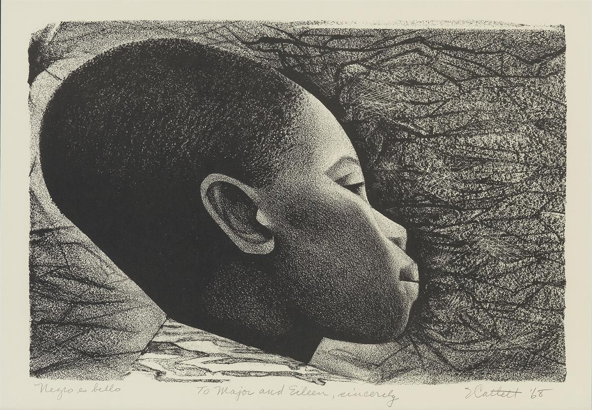 ELIZABETH CATLETT (1915 - 2012) Negro es Bello (Black is Beautiful).