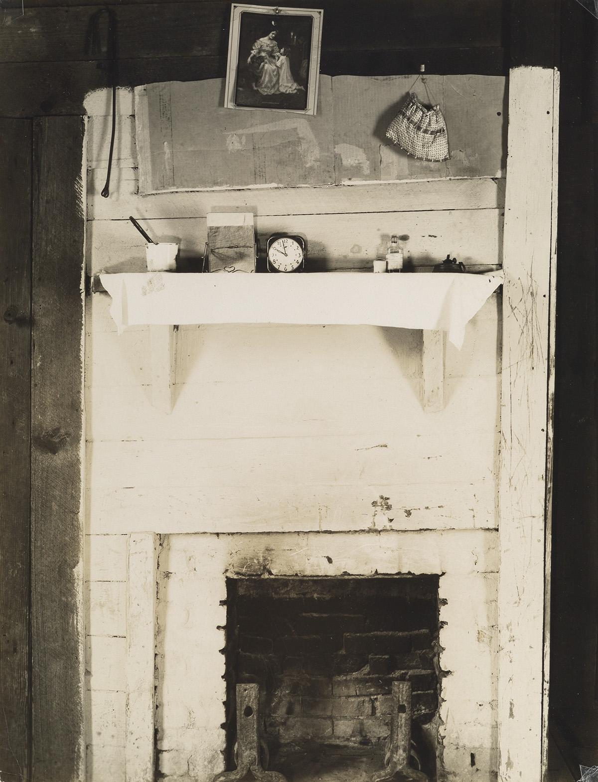 WALKER EVANS (1903-1975) Floyd Burroughs Bedroom, Alabama.