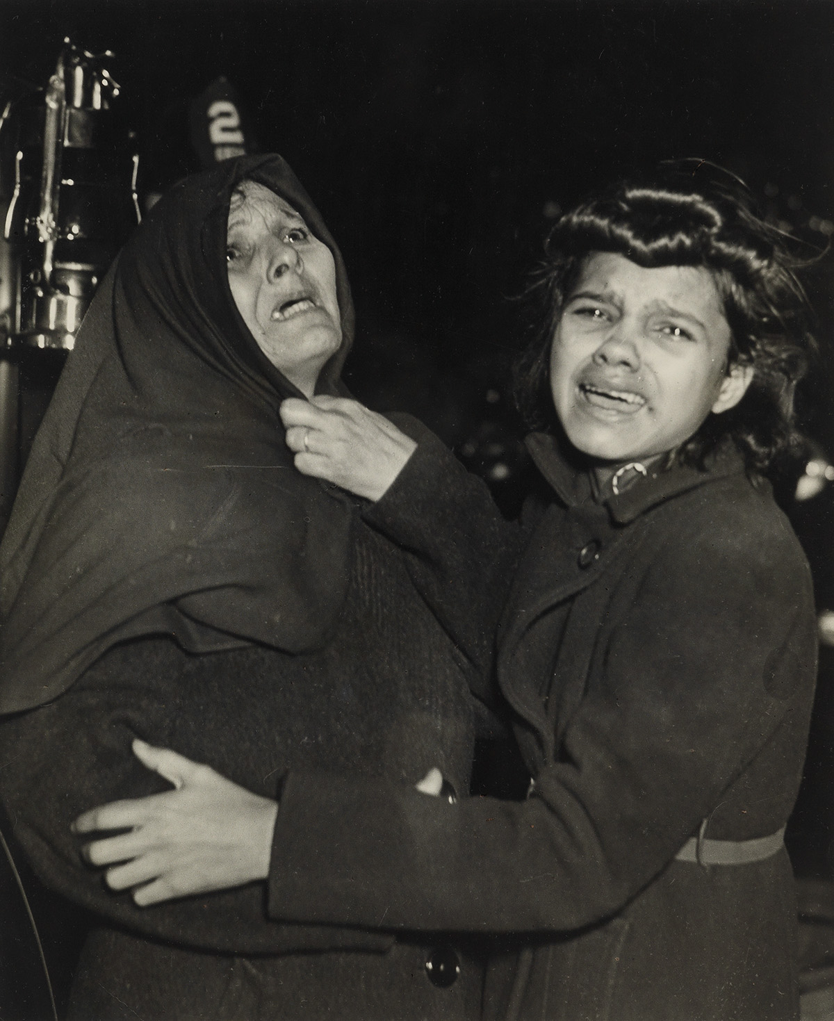 WEEGEE-[ARTHUR-FELLIG]-(1899-1968)-I-Cried-When-I-Took-This-