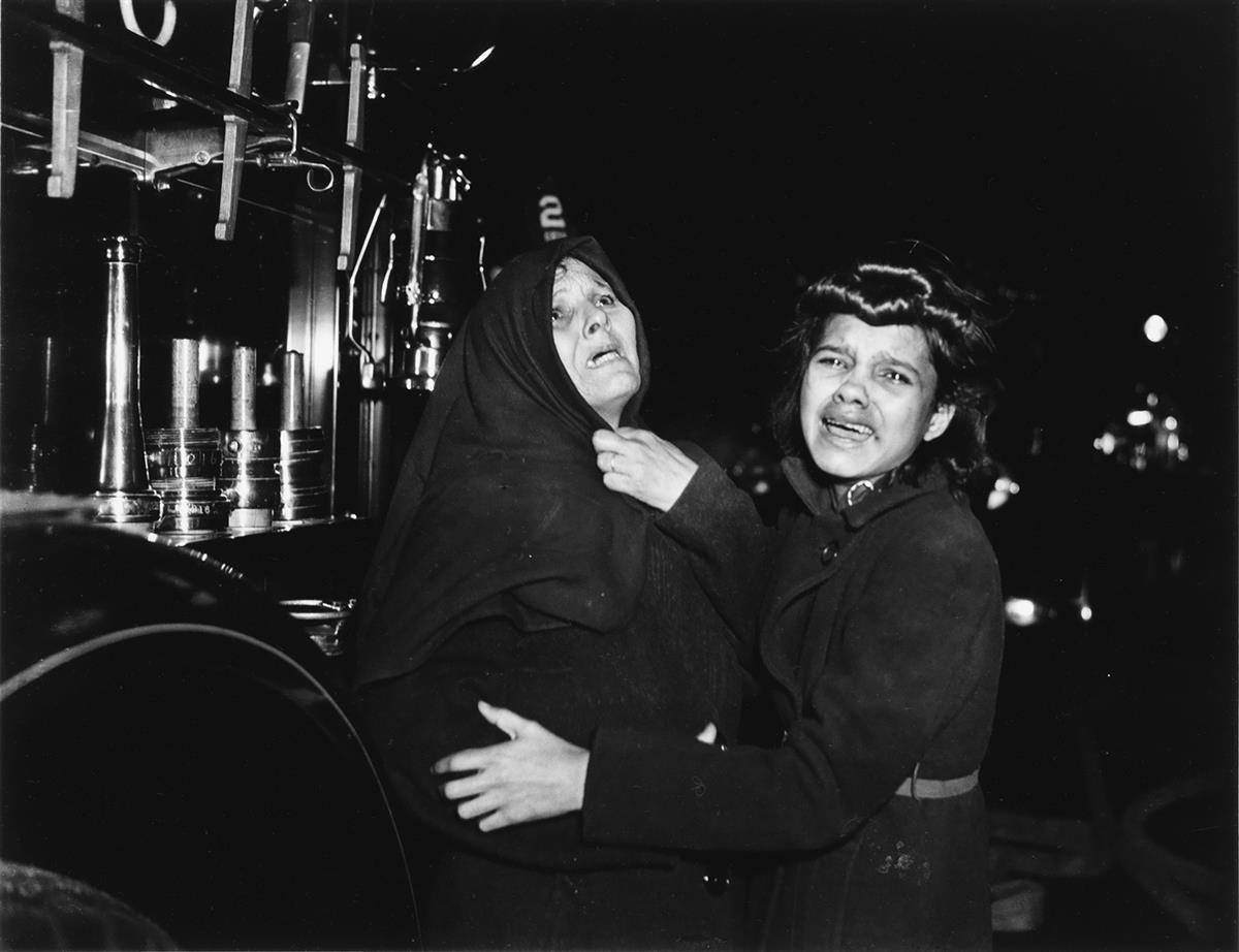 (WEEGEE) [ARTHUR FELLIG] (1899-1968) I Cried When I Took This Picture.