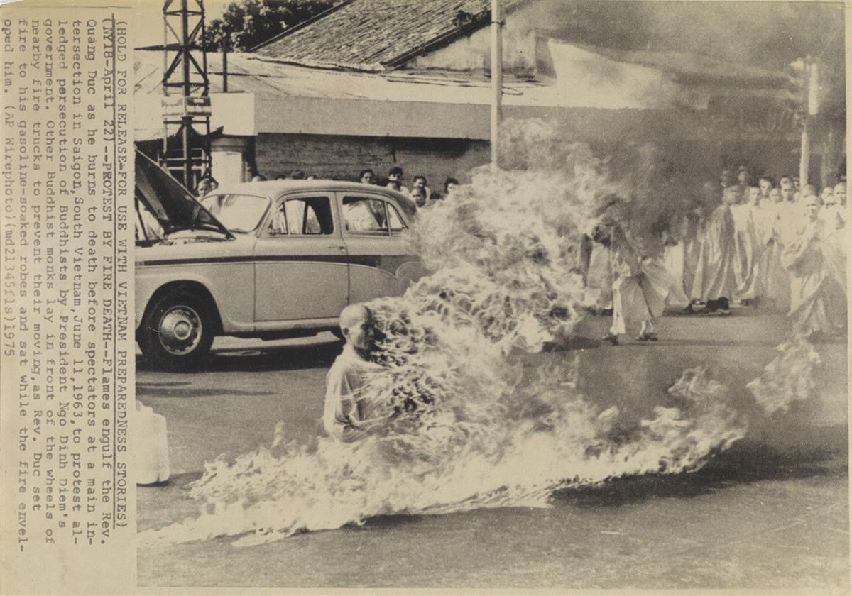 (MALCOLM-BROWNE)-(1931-2012)-Burning-Monk-South-Vietnam