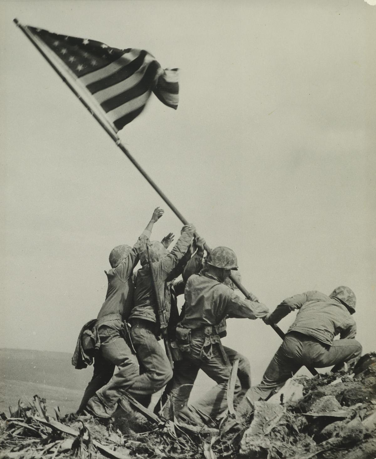 JOE-ROSENTHAL-(1911-2006)-Raising-the-Flag-on-Iwo-Jima