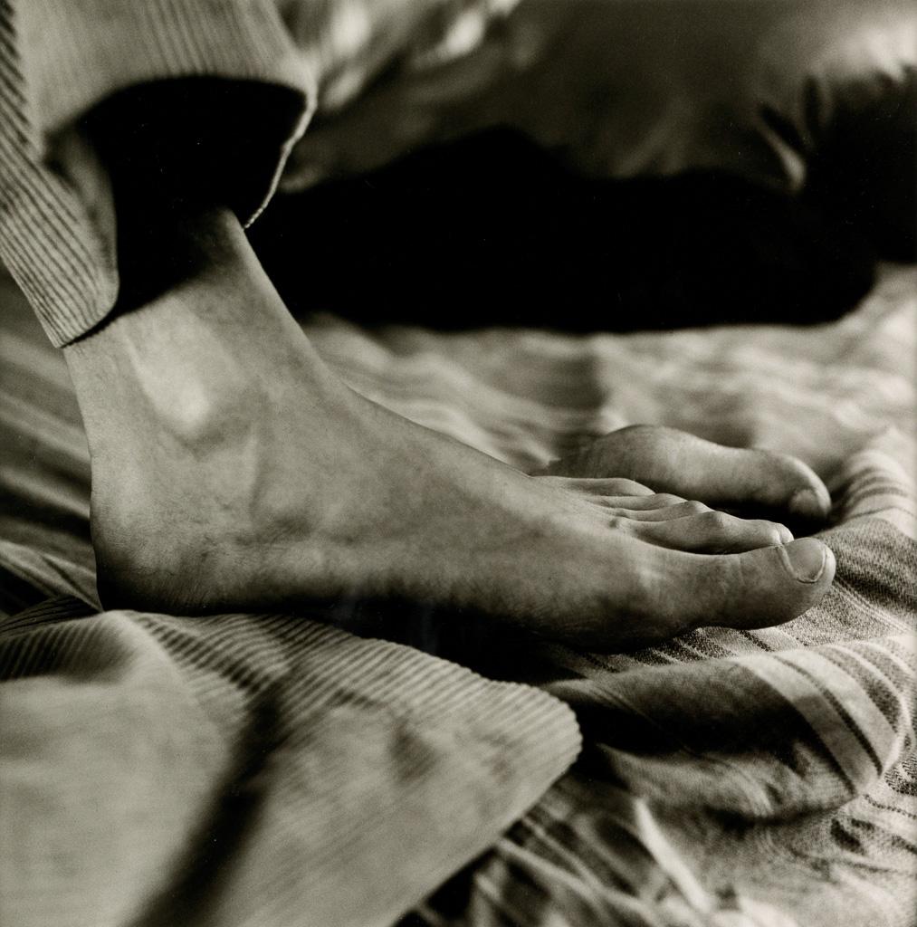 PETER HUJAR (1934-1987) Pascals feet.