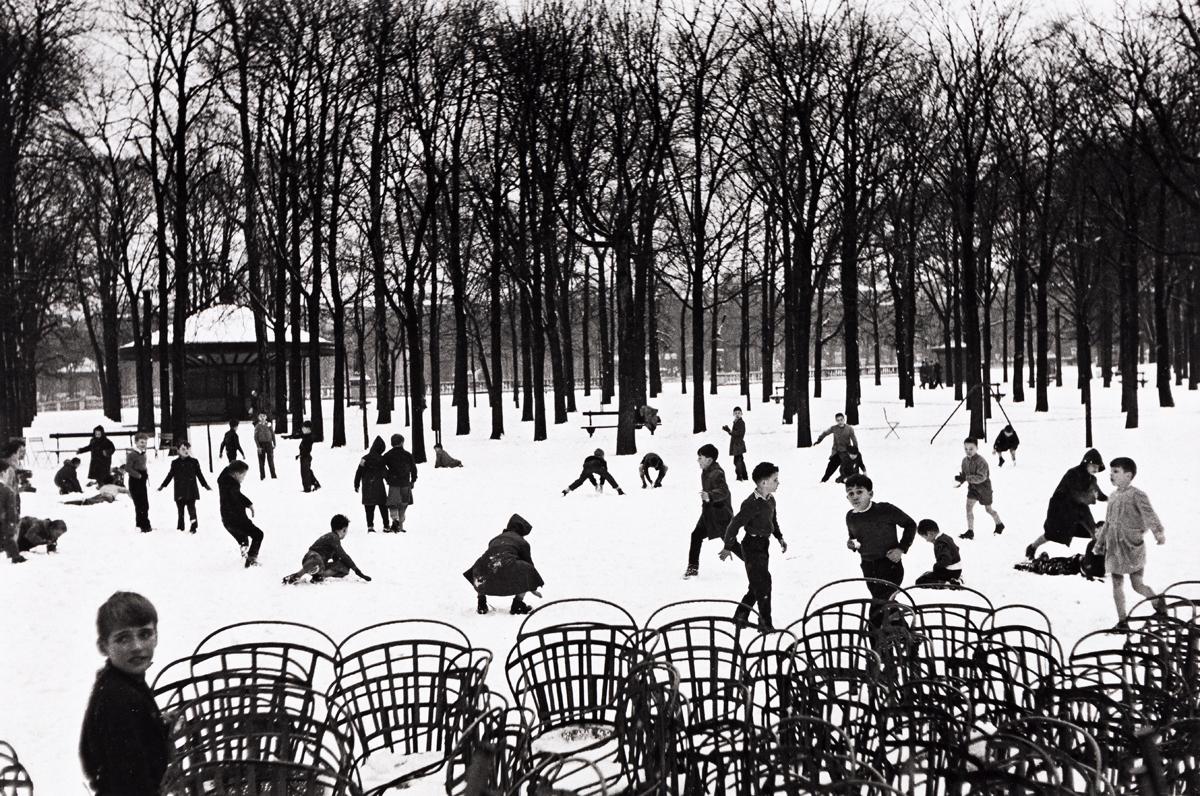ÉDOUARD BOUBAT (1923-1999) Jardin du Luxembourg, Paris