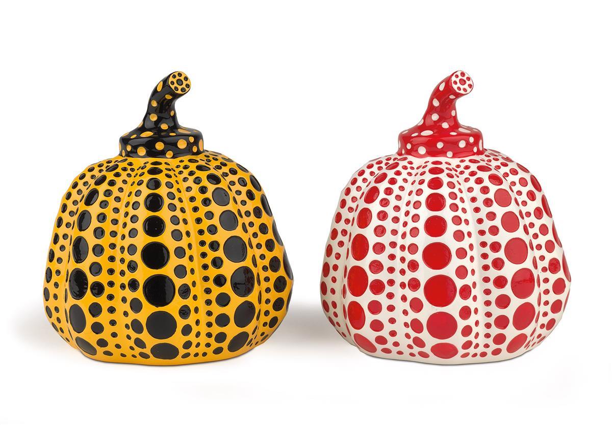 YAYOI-KUSAMA-Two-Pumpkins