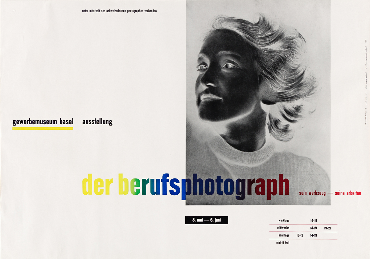JAN TSCHICHOLD (1903-1974).  DER BERUFSPHOTOGRAPH. 1938. 25¼x35½ inches, 64x90 cm. Benno Schwabe & Co., Basel.