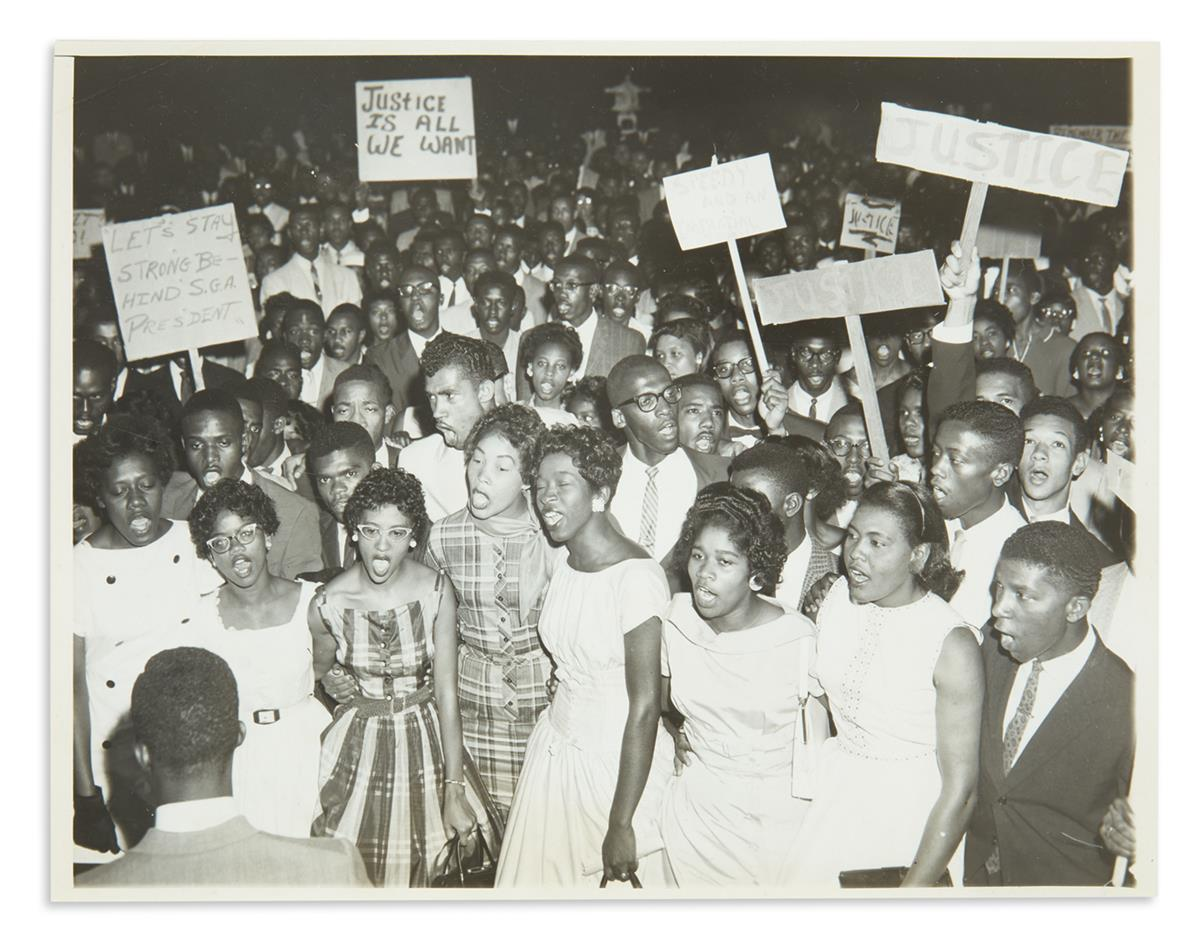 (CIVIL RIGHTS.) Group of 26 photos of civil rights demonstrations and related subjects.