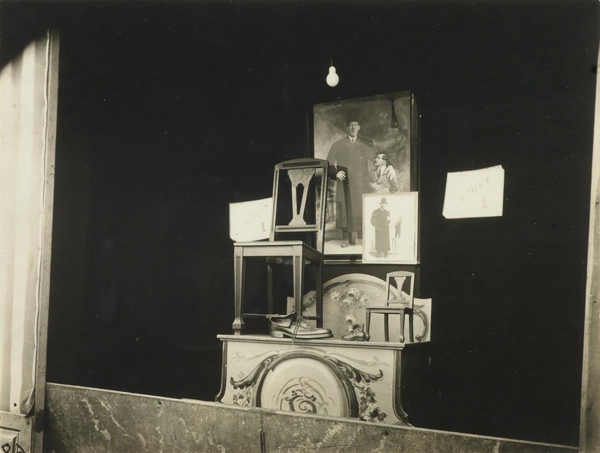 EUGÈNE ATGET (1857-1927)/BERENICE ABBOTT (1898-1991) Fête du Trône.