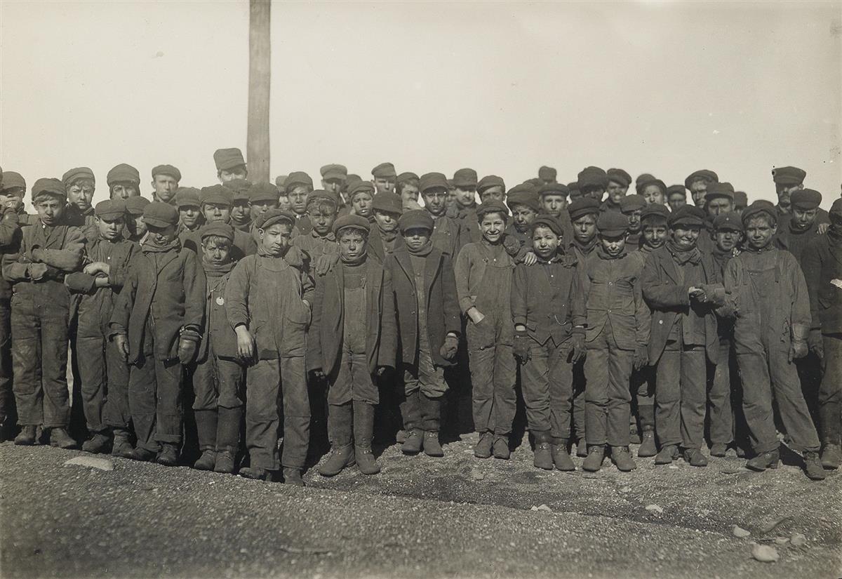 LEWIS-W-HINE-(1874-1940)-Coal-Breakers