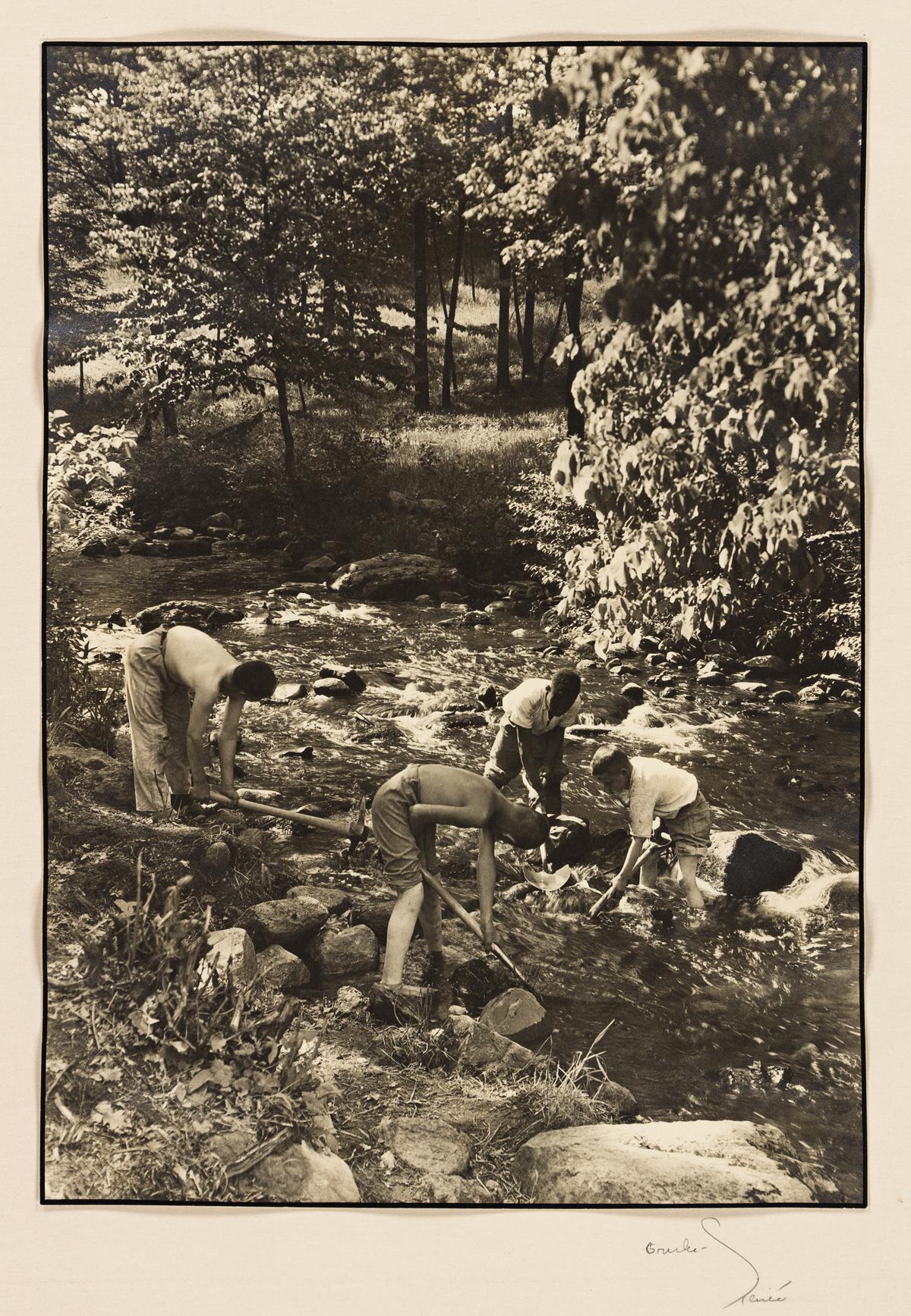 MARGARET BOURKE-WHITE (1904-1971) Group of 4 vintage prints from Letchworth Village.