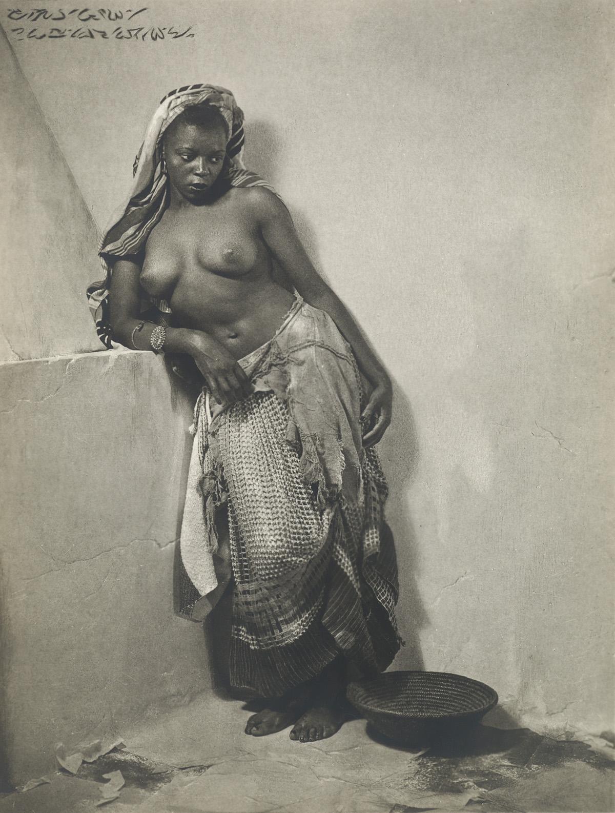 WILLIAM-H-MORTENSEN-(1897-1965)-Morocco