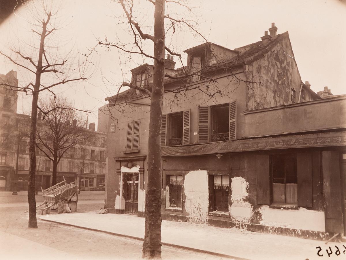 EUGÈNE-ATGET-(1857-1927)-108-Avenue-de-Suffren