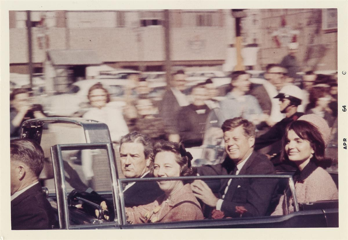 (JOHN-F-KENNEDY-ASSASSINATION)-President-and-Mrs-Kennedy-wit