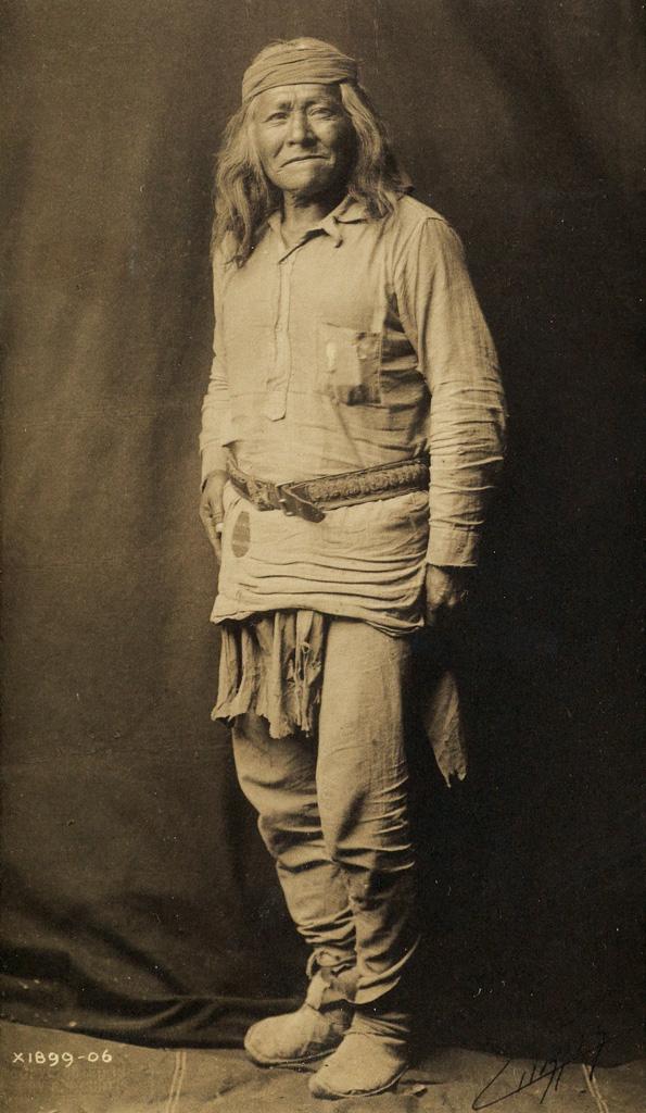 EDWARD-S-CURTIS-(1868-1952)-Portrait-of-an-Apache