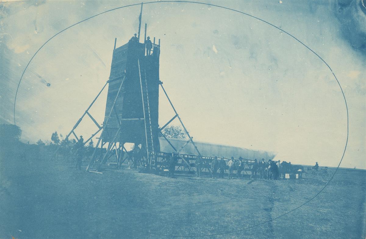 CARLETON-WATKINS-(1829-1916)-Yolo-Buggy-at-SE-Base