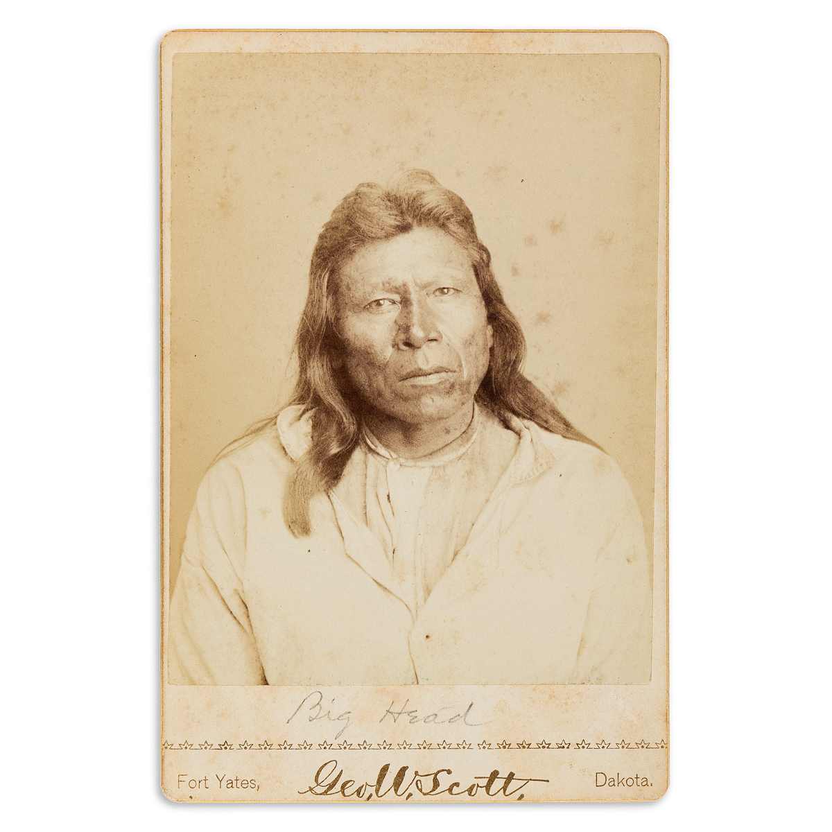(AMERICAN-INDIANS--PHOTOGRAPHS)-George-W-Scott-Cabinet-card-