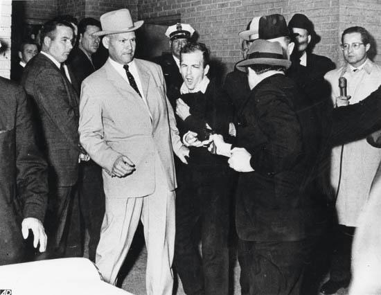 JACKSON-ROBERT-(1934--)-Jack-Ruby-shooting-Lee-Harvey-Oswald