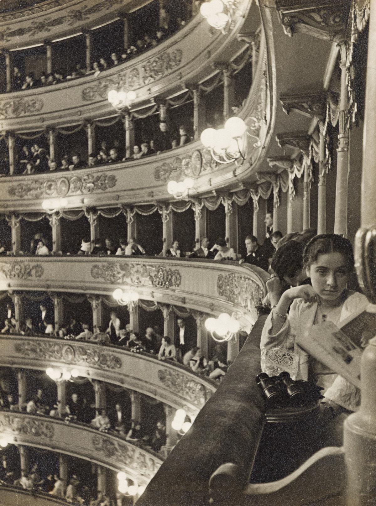 ALFRED EISENSTAEDT (1898-1995) Premiere at La Scala, Milan.