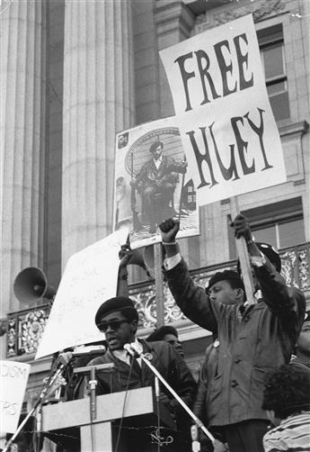 (BLACK-PANTHERS)-Group-of-18-photographs-depicting-members-o