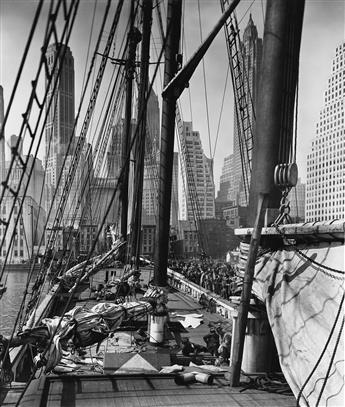 BERENICE-ABBOTT-(1898-1991)-Rope-Store-Peerless-Equipment-Co