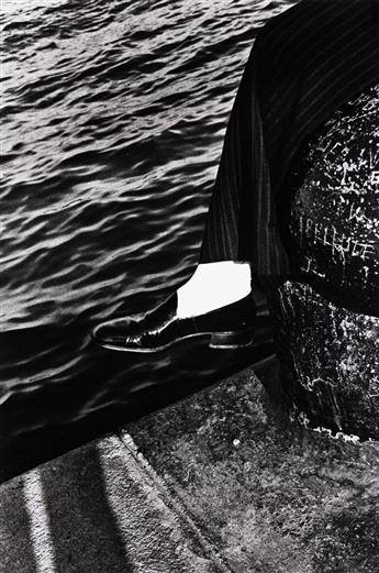 RALPH-GIBSON-(1939--)-A-portfolio-entitled-Days-at-Sea