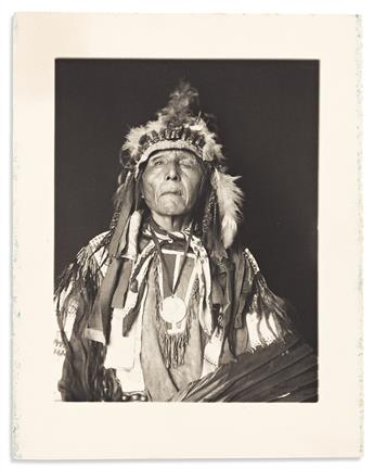 (AMERICAN INDIANS--PHOTOGRAPHS.) De Lancey Gill, photographer. Portrait of the Oglala leader White Mountain.