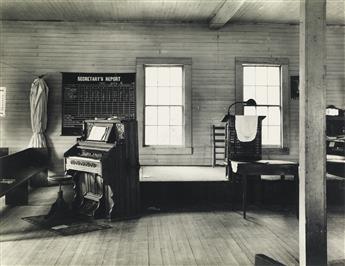 WALKER-EVANS-(1903-1975)-Group-of-5-photographs-for-the-Farm
