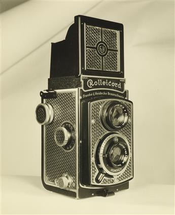 (COLLECTIBLE-CAMERAS)-A-mini-archive-showcasing-36-handsome-