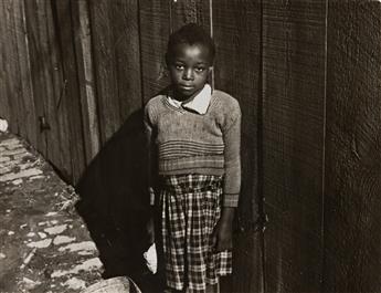 JOHN VACHON (1914-1975) A select group of 38 vintage photographs.