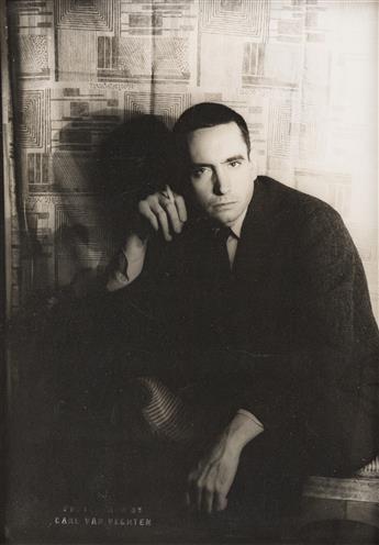 CARL VAN VECHTEN (1880-1964) Edward Albee.