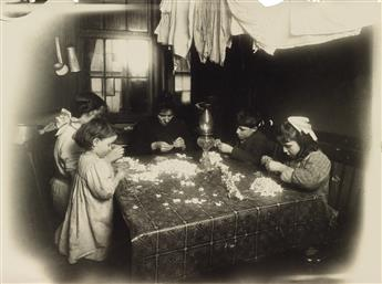 LEWIS W. HINE (1874-1940) Artificial flowers, New York City.