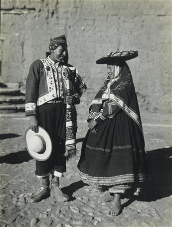 MARTIN-CHAMBI-(1891-1973)-Presentation-album-entitled-Peru-1