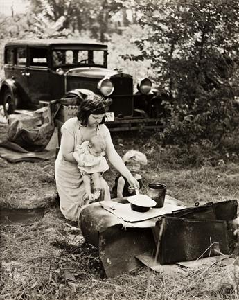 WILLIAM PRESTON MAYFIELD (1896-1974) Migrant family.