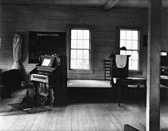 (FARM SECURITY ADMINISTRATION) Group of 3 images from the Master Photographs series, comprising one by Dorothea Lange and 2 by Walker E