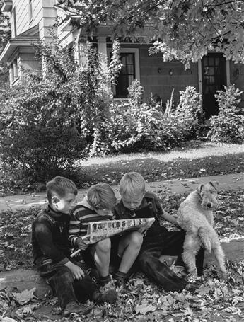 ALFRED EISENSTAEDT (1898-1995) An American Block, Hamilton Ohio.