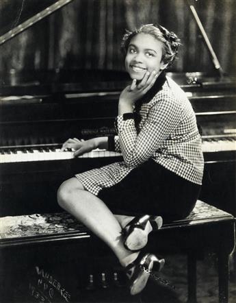 JAMES VANDERZEE (1886 - 1983) Hazel Scott.