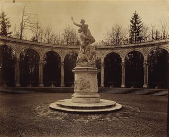 EUGÈNE ATGET (1857-1927) Versailles, Bosquet de la Colonnade.