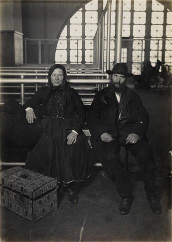 HINE, LEWIS W. (1874-1940) Couple, Ellis Island.
