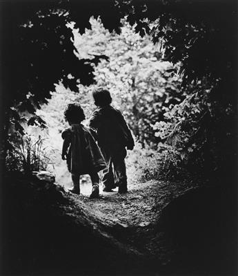 W. EUGENE SMITH (1981-1978) Walk to Paradise Garden.