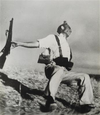 (ROBERT CAPA) (1913-1954) Death of a Loyalist Soldier.