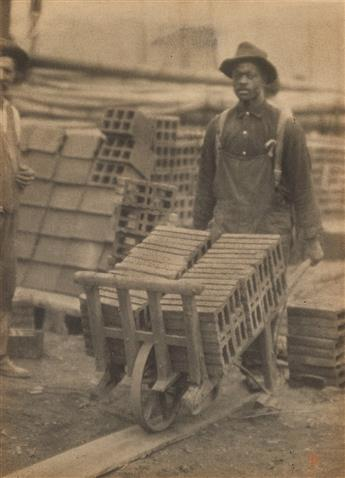 ULMANN, DORIS (1882-1934) African American laborer.