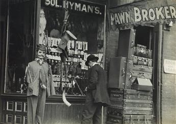 LEWIS W. HINE (1874-1940) Nashville [Sol Hymans Pawnbroker].