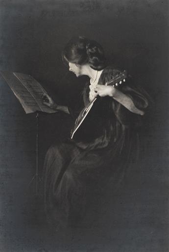 (ALFRED STIEGLITZ & EDWARD STEICHEN). Souvenir Kodak Competition 1905.