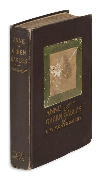 (CHILDRENS LITERATURE.) MONTGOMERY, L.M. Anne of Green Gables.