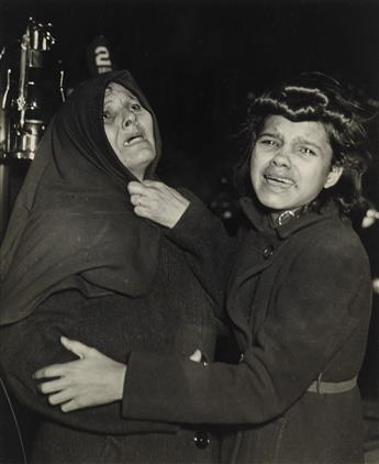 WEEGEE [ARTHUR FELLIG] (1899-1968) I Cried When I Took This Picture.