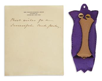 (ROOSEVELT, THEODORE.) Thread holder said to be crafted by Edith Kermit Roosevelt, with her note.