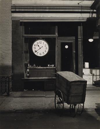 ABBOTT, BERENICE (1898-1991) Christopher Street Shop.
