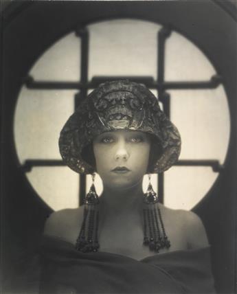 STRUSS, KARL (1886-1981) Gloria Swanson.