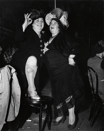 WEEGEE (1899-1968) Billie Dauscha and Mabel Sidney, Bowery Entertainers.
